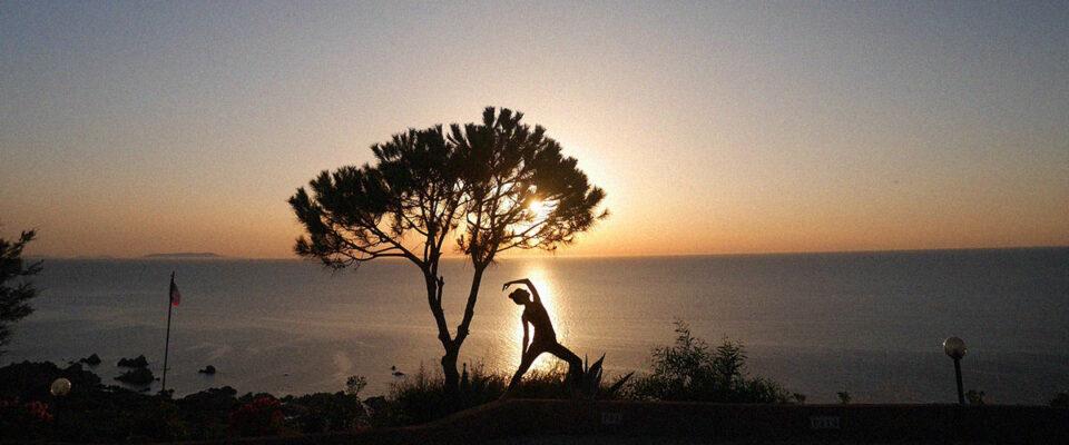 Yoga under vit månad från alkohol